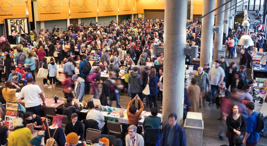 Overhead view of all the hundreds of customers and readers at Short Run 2018